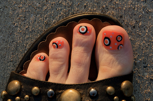 ... halloween toe nail art designs. View Images ... - Toe Nail Designs For Halloween ~ Halloween Toe Nail Art